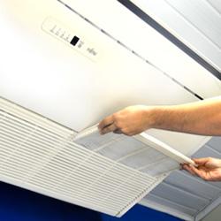 Limpeza de Ar Condicionado Piso Teto 16000 a 30000 BTU/s